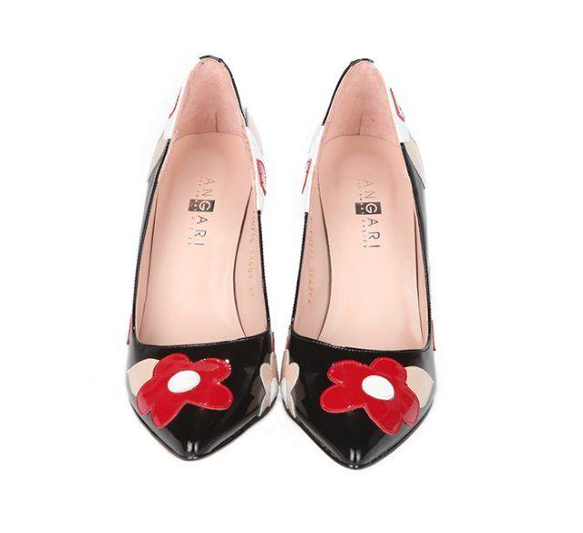 Zapatos Stiletto Charol Negro Flores Rojas Angari Shoes.