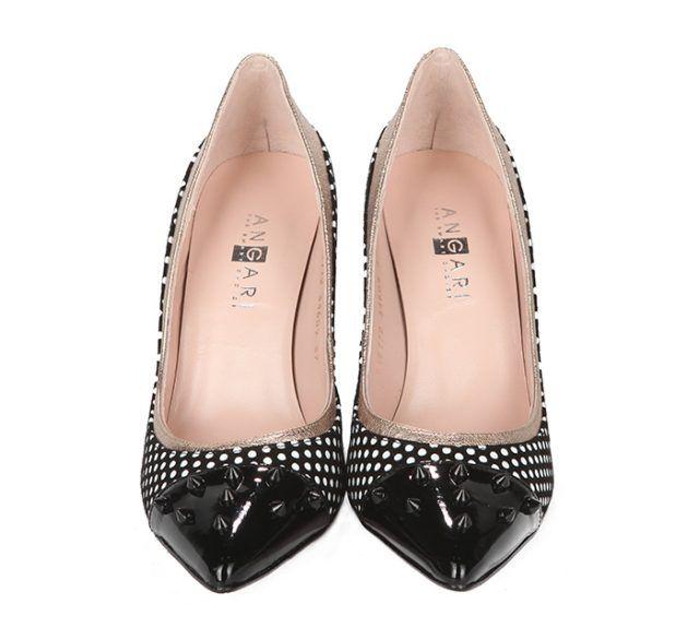 Zapatos Stiletto Charol Negro Topos Tachas Angari Shoes.