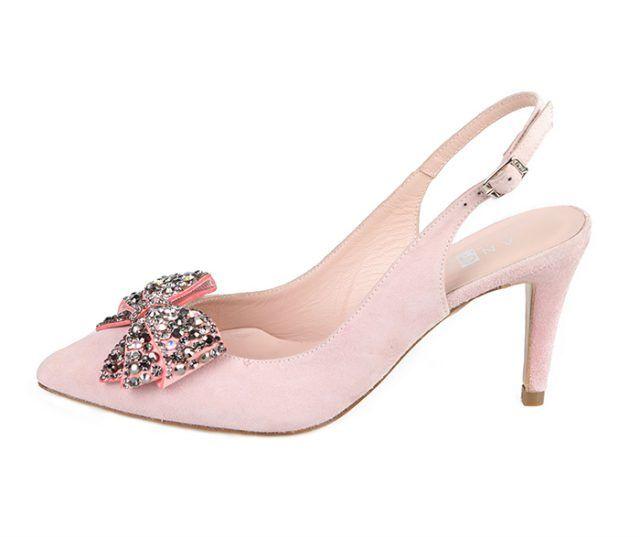 Zapato Salón Nude Ante Lazo Pedrería Angari Shoes.