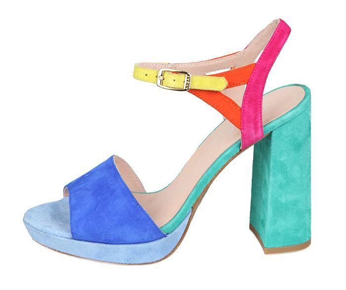 6282cbd86c2 Sandalia Fiesta Plataforma Ante Colores Angari Shoes.