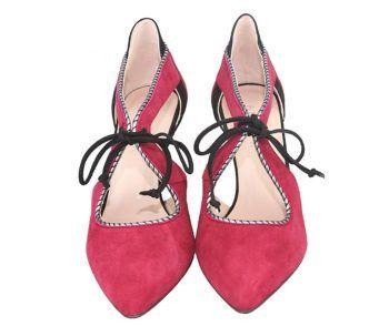 zapatos de fiesta con cordoneras en ante burdeos