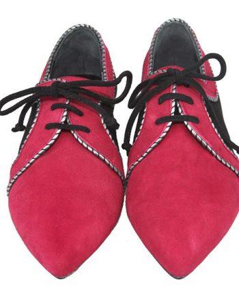 zapatos de vestir planos color burdeos fabricados en ante